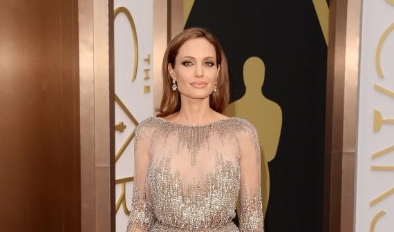 Angelina Jolie vai dirigir mais um filme