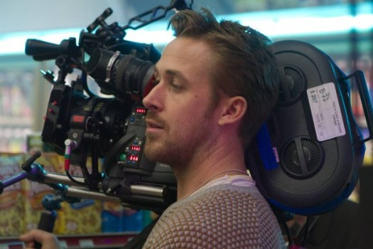 Primeiro filme dirigido por Ryan Gosling ganha novo trailer