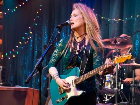 Olha a Meryl Streep como estrela do rock!