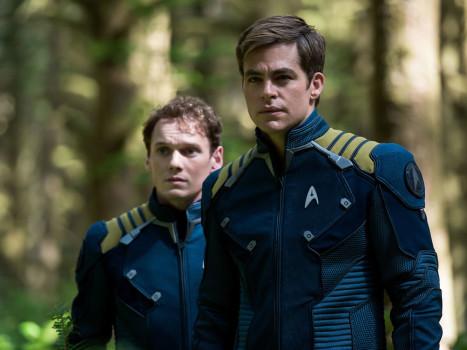 Star Trek: Sem Fronteiras é a capa da Empire