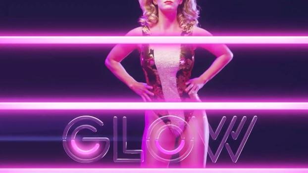 Vídeo apresenta as mulheres de Glow, nova série da Netflix