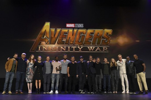 marvel-infinity-war-cast-disney-celebration-008-470x310@2x