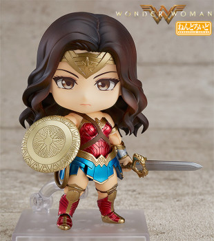 20170825boneca-nendoroid-wonder-woman-heros-edition-01