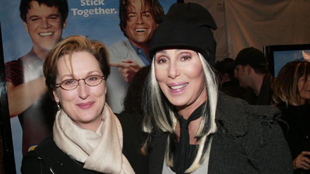 Preparem os corações! Cher deve viver a mãe de Meryl Streep em Mamma Mia 2!