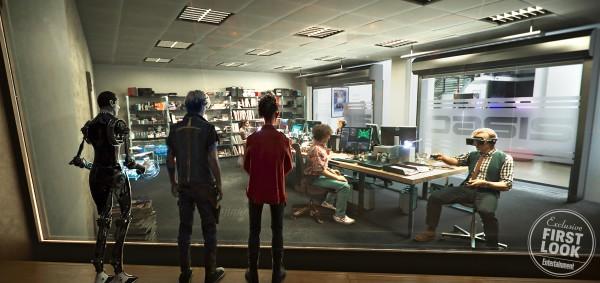 ready-player-one-movie-image-avatars-600x283